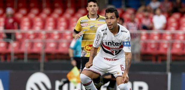 Petros foi o capitão do São Paulo no início desta temporada
