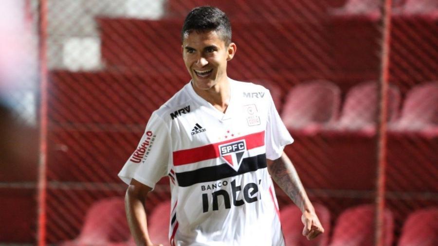 Rodrigo Nestor, meio-campista do São Paulo, negocia renovação contratual desde a temporada passada - saopaulofc.net