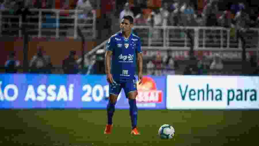 Após ser afastado e criticado pela diretoria, Thiago Neves desativou suas contas nas redes sociais - Vinnicius Silva/Cruzeiro