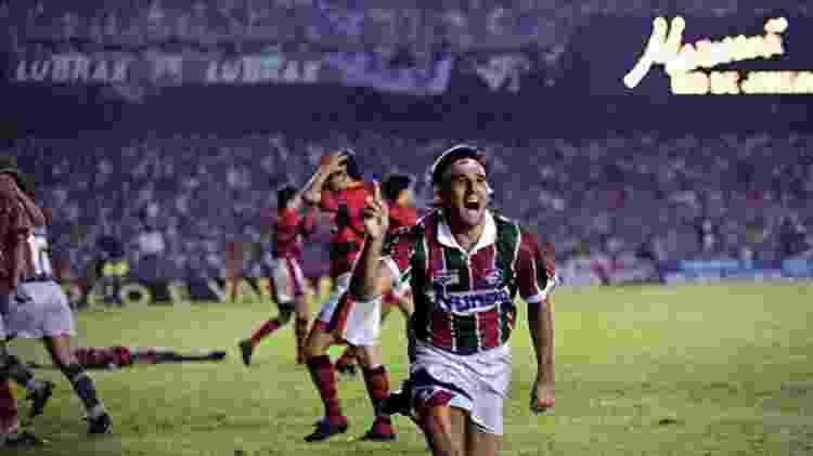 Renato Gaúcho celebra gol que deu título do Carioca de 95 ao Fluminense, em final contra o Flamengo - Anibal Philot / Agência O Globo - Anibal Philot / Agência O Globo