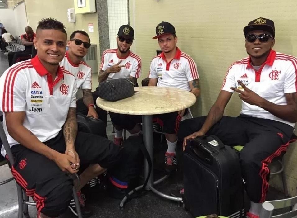 Everton, Alan Patrick, Paulinho, Pará e Marcelo Cirino: jogadores envolvidos em polêmica no Flamengo