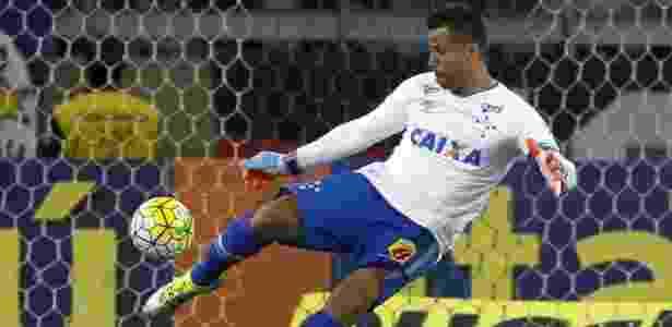 Goleiro lembrou tropeço dentro de casa em 2009 que custou o tricampeonato da América - Washington Alves/Light Press/Cruzeiro