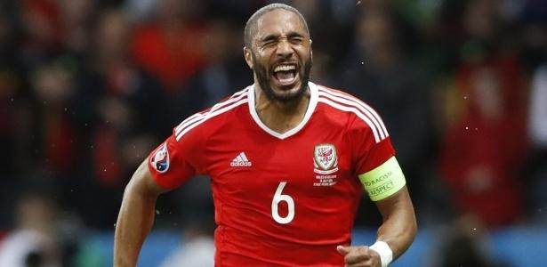 Capitão da seleção de País de Gales deve trocar Swansea pelo Everton