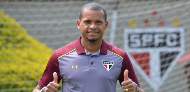 Edimar foi apresentado pelo São Paulo