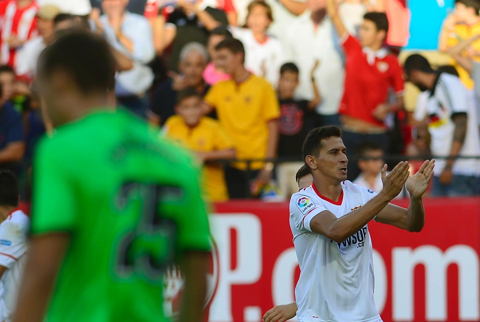 Sevilla faz jogo duro e nega rescisão a Ganso ec51e9eeb2e72