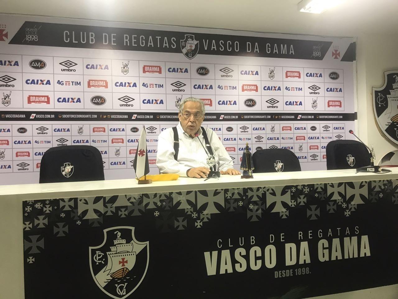 Eurico Miranda participa de coletiva após eleição polêmica do Vasco
