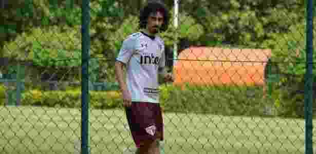 45162a3da1 Valdívia volta a treinar e Aguirre indica o time titular no São Paulo. Érico  Leonan saopaulofc.net