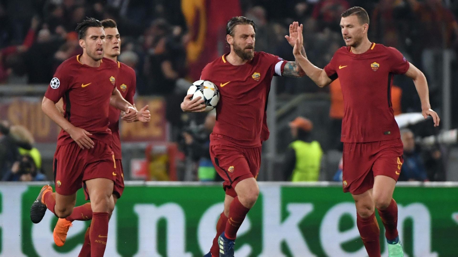 De Rossi comemora após marcar o segundo gol da Roma contra o Barcelona