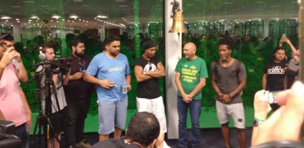 Ronaldinho antes de amistoso em Brusque - Rodrigo Santos
