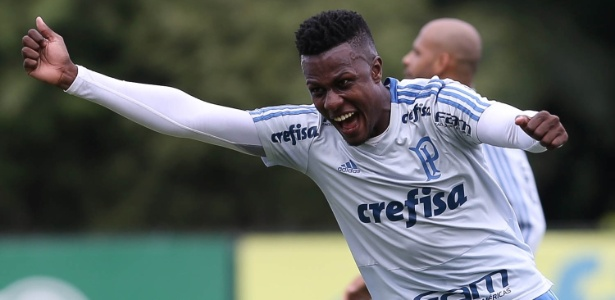 Pedrão, zagueiro do Palmeiras, pode ser emprestado