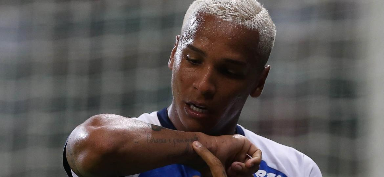 Deyverson comemora gol na volta ao Palmeiras - Cesar Greco/Ag. Palmeiras/Divulgação