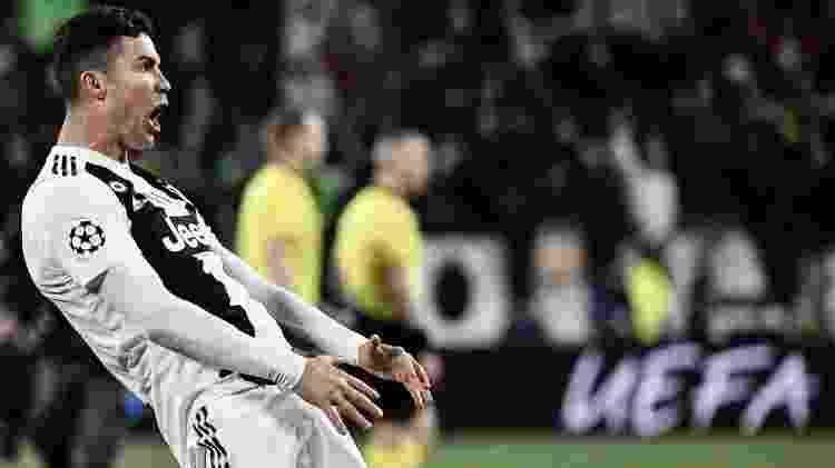 Cristiano Ronaldo provoca torcida do Atlético de Madri com gesto polêmico - Marco BERTORELLO / AFP - Marco BERTORELLO / AFP