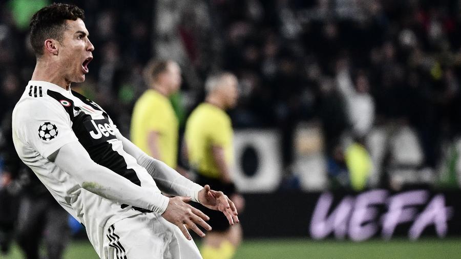 Cristiano Ronaldo provoca torcida do Atlético de Madri com gesto polêmico - Marco Bertorello/AFP