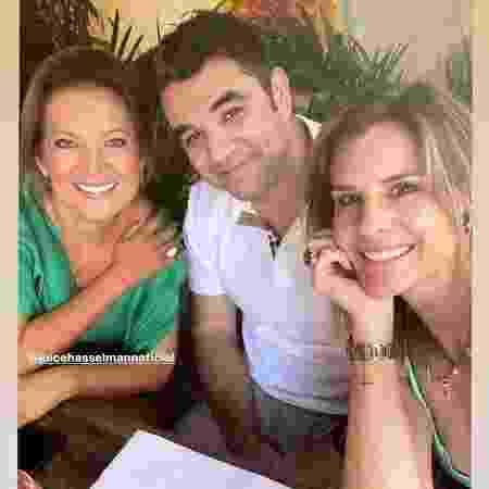 Foto postada por Janaína Xavier com Joice Hasselmann e namorado da apresentadora abriu crise na Globo - Reprodução