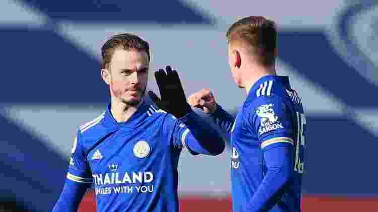 Jogadores do Leicester comemoram gol diante do Liverpool pelo Campeonato Inglês -  Michael Regan/Getty Images -  Michael Regan/Getty Images