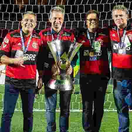 Gustavo Oliveira, vice de marketing e comunicação do Flamengo, segundo da direita para a esquerda - Alexandre Vidal/CRF - Alexandre Vidal/CRF