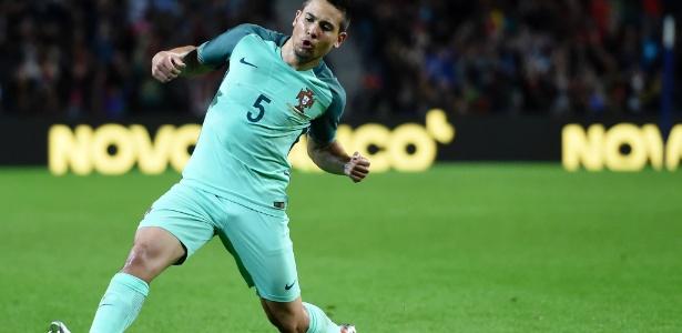 Raphael Guerreiro está entre os convocados de Portugal para disputa da Eurocopa