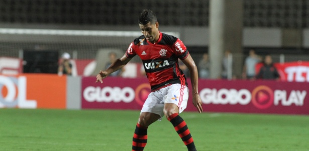 Ederson marcou o gol da vitória do Flamengo sobre o Internacional