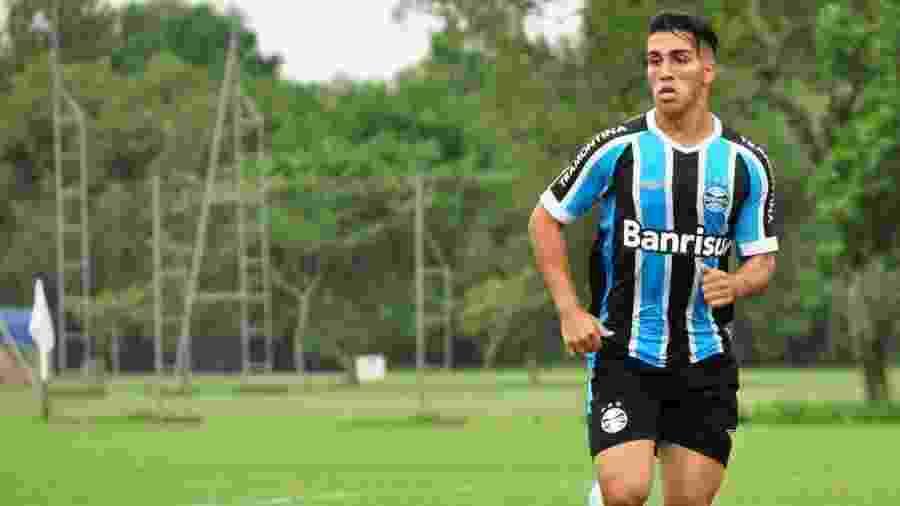 Ezequiel Esperón morreu na madrugada de ontem ao cair de um prédio na Argentina - Divulgação/Soccer House