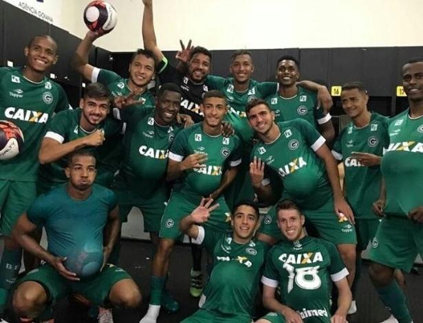 Jogadores do Goiás provocam Walter após conquista do título