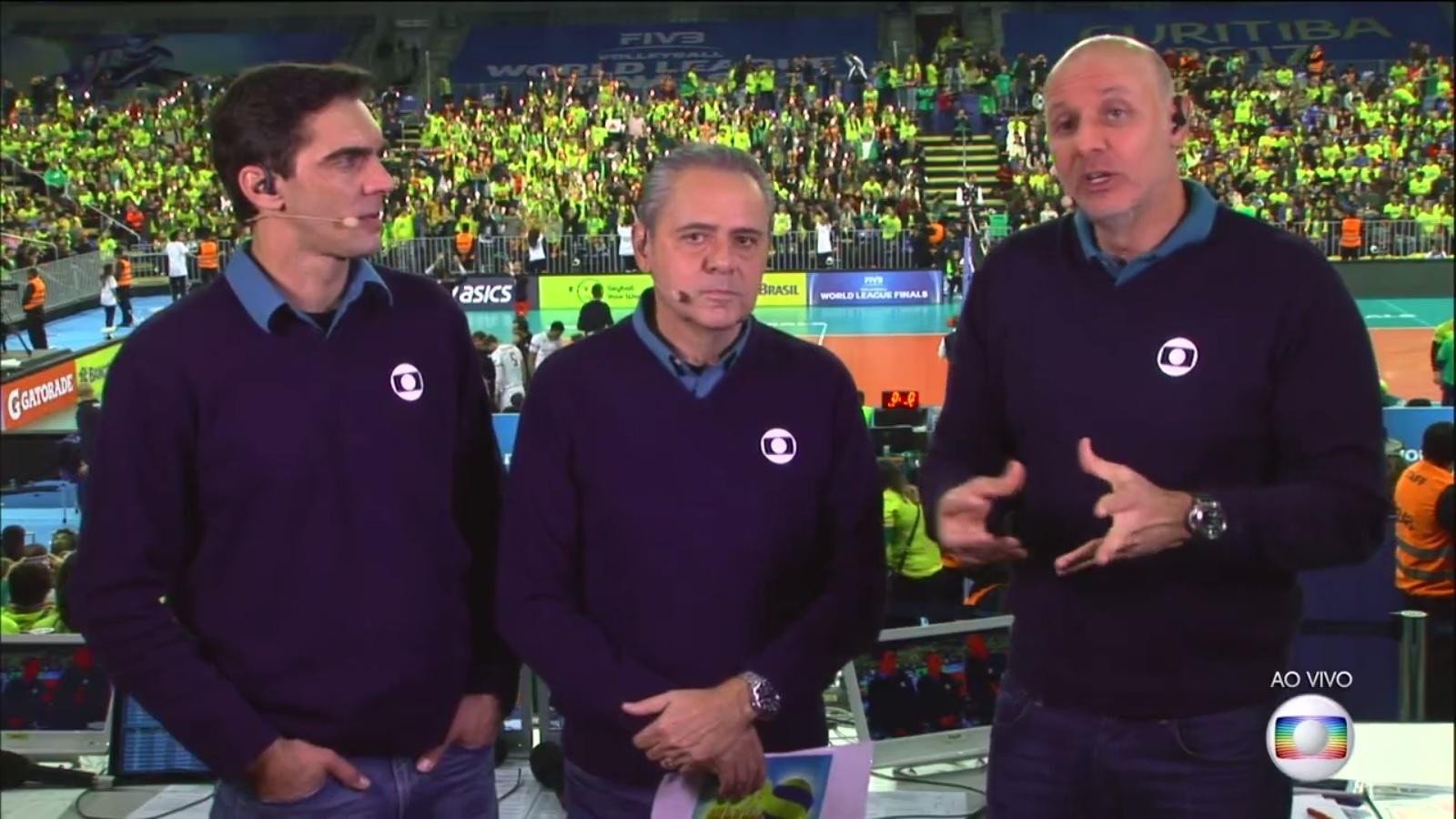 Luis Roberto, Giba e Tande na transmissão da Globo da final da Liga Mundial de vôlei