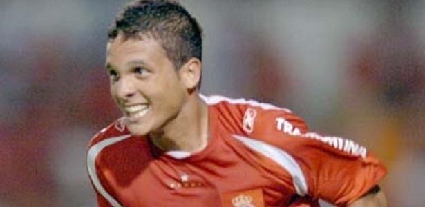 Ramon foi lateral do Internacional nas categorias de base até o principal - Divulgação/Inter
