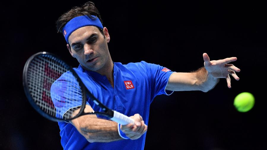 Roger Federer no duelo contra Alexander Zverev no ATP Finals - Ben Stansall/AFP