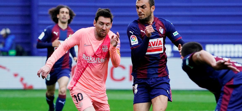 Messi durante jogo do Barcelona contra o Eibar pelo Espanhol - Joan Jordan REUTERS/Vincent West