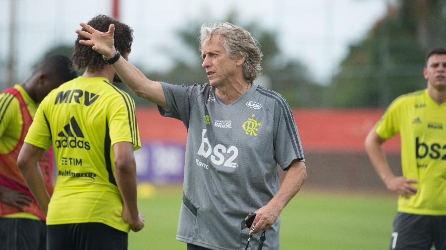 9ac370628f Jorge Jesus terá o primeiro desafio à frente do elenco do Flamengo hoje,  diante do