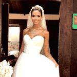 Carol Dias em foto com seu vestido de noiva - Reprodução/Instagram