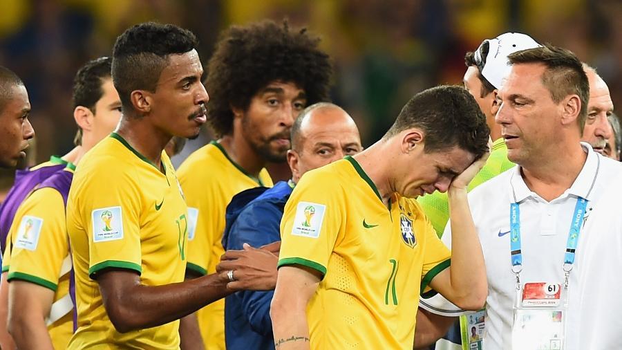 Jogadores da seleção brasileira choram após 7 a 1 para Alemanha - Buda Mendes/Getty Images