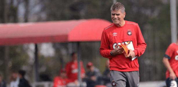 Autuori não quer o Atlético-PR acomodado por conta das novas vagas
