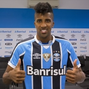 Cortez é anunciado oficialmente como reforço do Grêmio