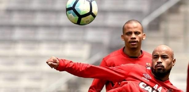 Zagueiro Thiago Heleno pode reaparecer contra o Corinthians