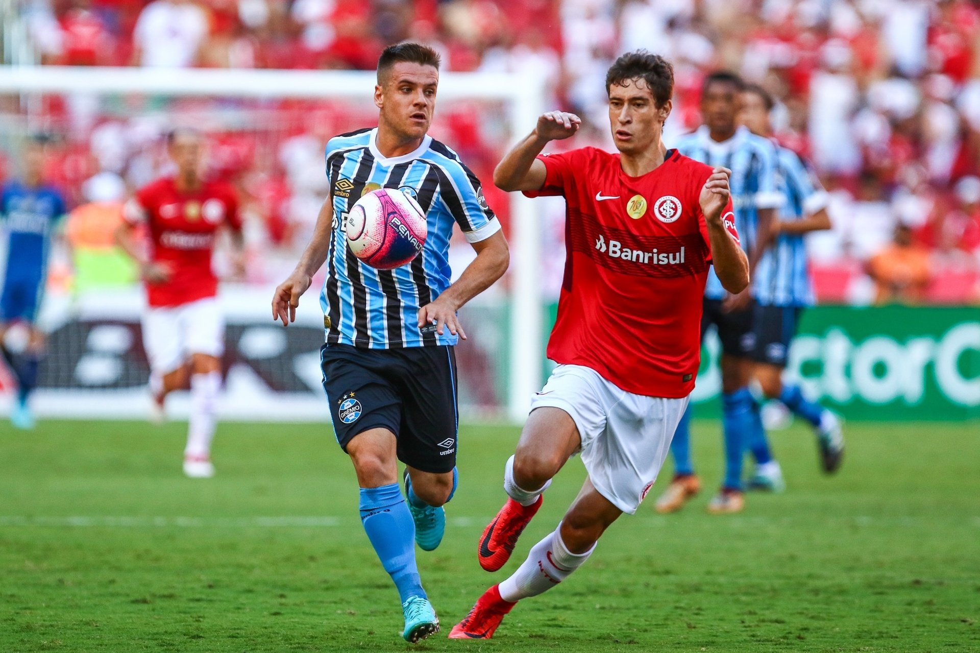 Grêmio amplia série invicta e quebra jejum ao mesmo tempo no Gre-Nal -  11 03 2018 - UOL Esporte 6c4c788b4d3fc