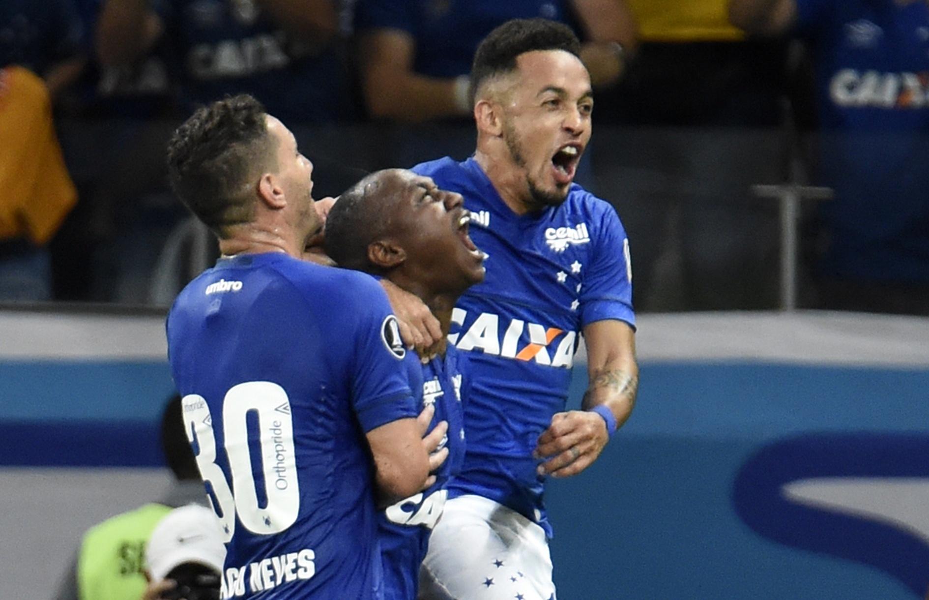 Cruzeiro faz 7 no Mineirão e vence 1ª na Libertadores - Esporte - BOL 9ab67d62c799d