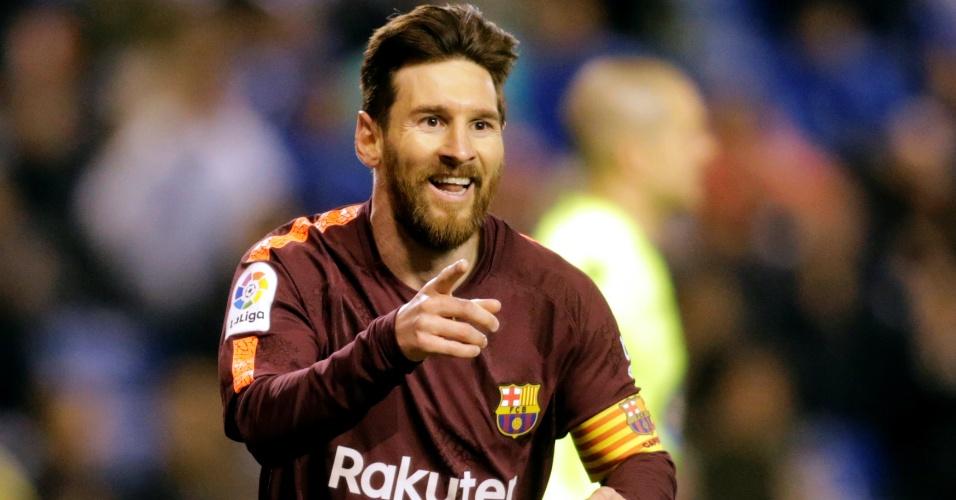 Messi comemora o terceiro gol do Barcelona sobre o La Coruña