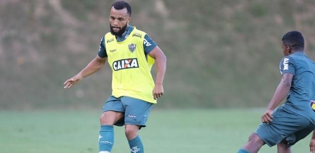 Samuel Xavier é repassado pelo Atlético-MG ao Ceará