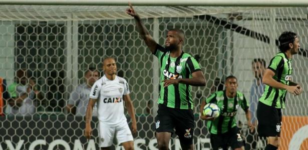 Messias comemora gol do América-MG sobre o Atlético-MG. Jogador atuará em Portugal - Pedro Vale/AGIF