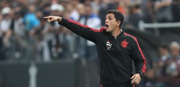 Mauricio Barbieri comanda o Flamengo em duelo com o Corinthians - Gilvan de Souza / Site oficial do Flamengo