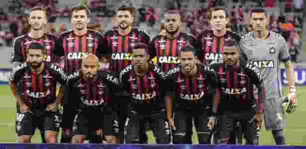Atlético-PR altera lista e inscreve novos jogadores para a Sul-Americana 70b8ab5a63ac5