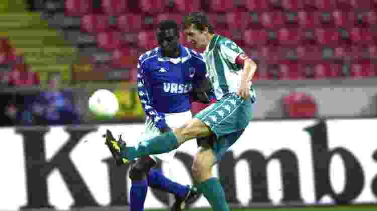Mike Origi, pai de Divock Origi, fez carreira como jogador na Bélgica e conquistou principais resultados no Genk - Tim De Waele/Getty Images