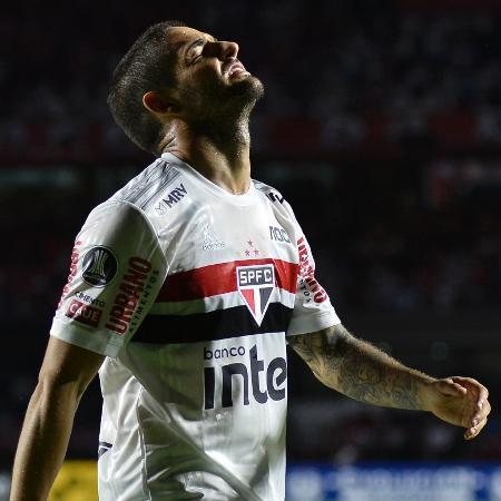 Alexandre Pato, em ação pelo São Paulo - Bruno Ulivieri/AGIF