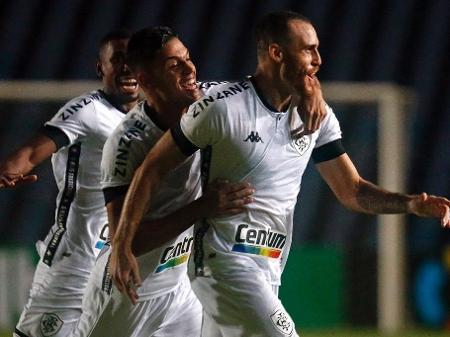 Pedro Castro comemora gol do Botafogo contra o Moto Club, pela primeira fase da Copa do Brasil - Divulgação / Botafogo F.R.