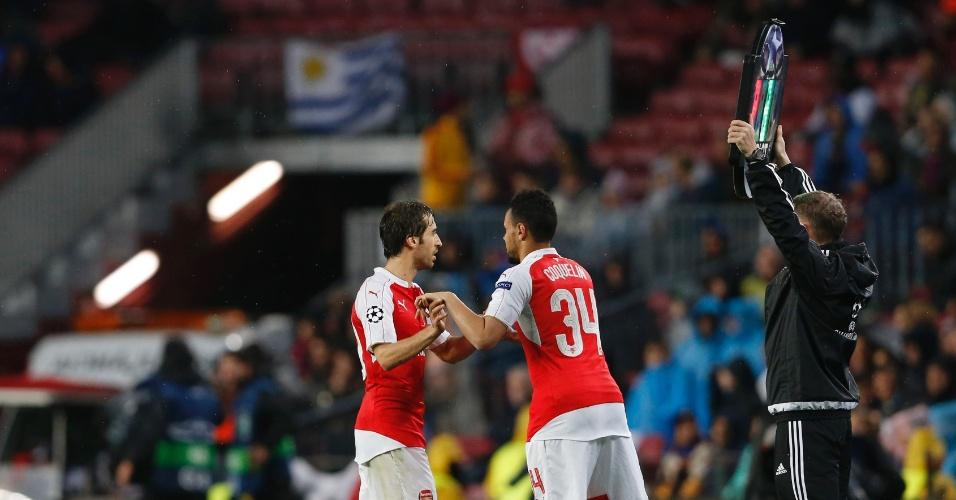 Flamini foi substituído ainda no primeiro tempo na partida entre Barcelona e Arsenal
