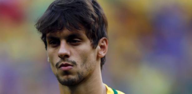São-paulino Rodrigo Caio é disputado por times da Europa