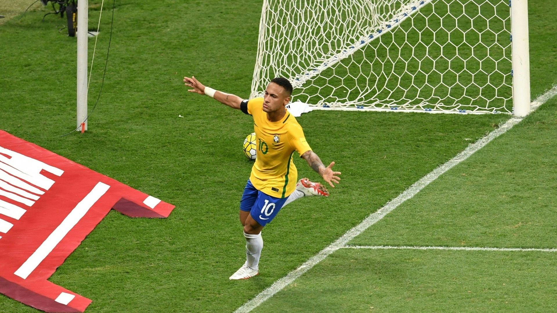 Neymar comemora gol do Brasil contra a Argentina