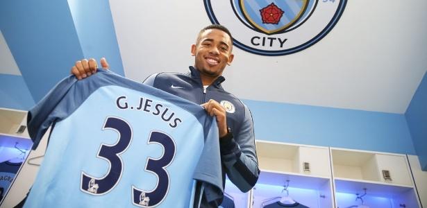 Gabriel Jesus foi apresentado oficialmente como reforço do Manchester City