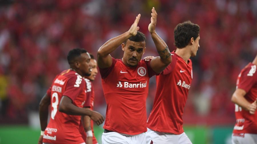 William Pottker comemora gol do Inter contra o Caxias no Campeonato Gaúcho - Ricardo Duarte/Inter