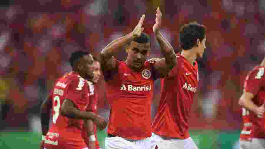 William Pottker comemora gol do Inter contra o Caxias no Campeonato Gaúcho - Ricardo Duarte/Inter